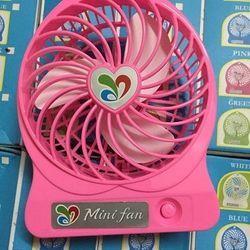 Quạt lòng mini fan dùng pin sạc