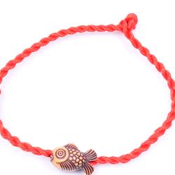 Dây đeo tay màu đỏ 016 mang lại may mắn ̉ đang sốt xình xịch giá sỉ 3k/dây giá bao gồm dây và mặt dây giá sỉ