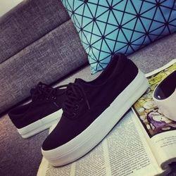 Giày slip-on bánh mì sh034-200-đen