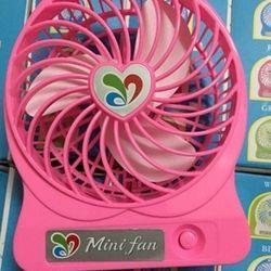 Quạt lòng mini fan dùng pin sạc giá sỉ