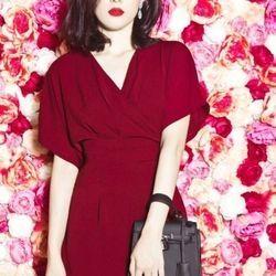 Xưởng thời trang hotgirl - đầm cổ đắp chéo ruco giá sỉ